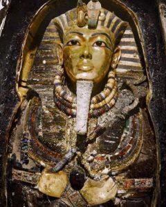 маска Тутанхамона