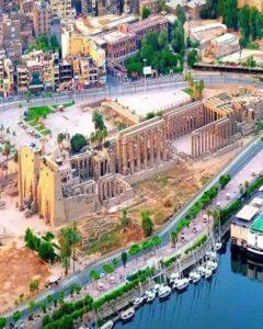 Луксорский храм сверху