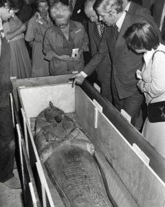 Рамзес II во Франции