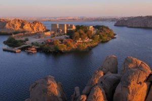 Нил и храм Асуан