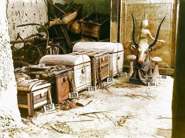 Оригинальная фото с открытия гробницы Тутанхамона 1922 года