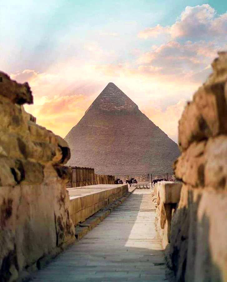 Пирамиды это маяк