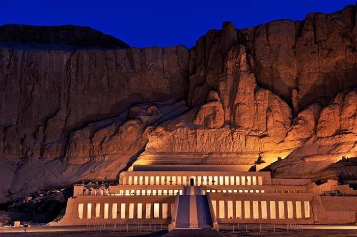 храм в Дейр-эль-Бахри