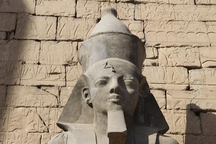 Голова Рамсеса II