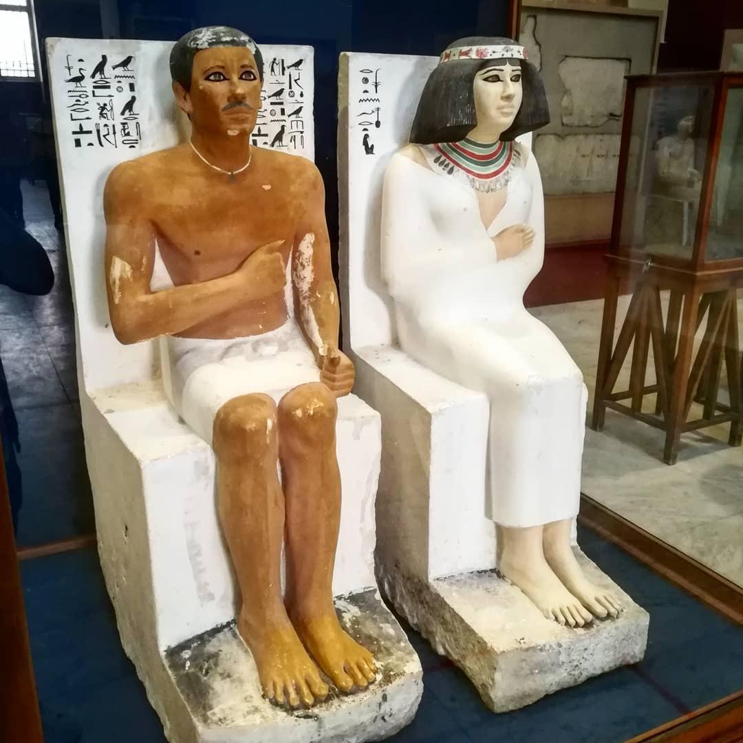 статуя рахотепа и нофрет
